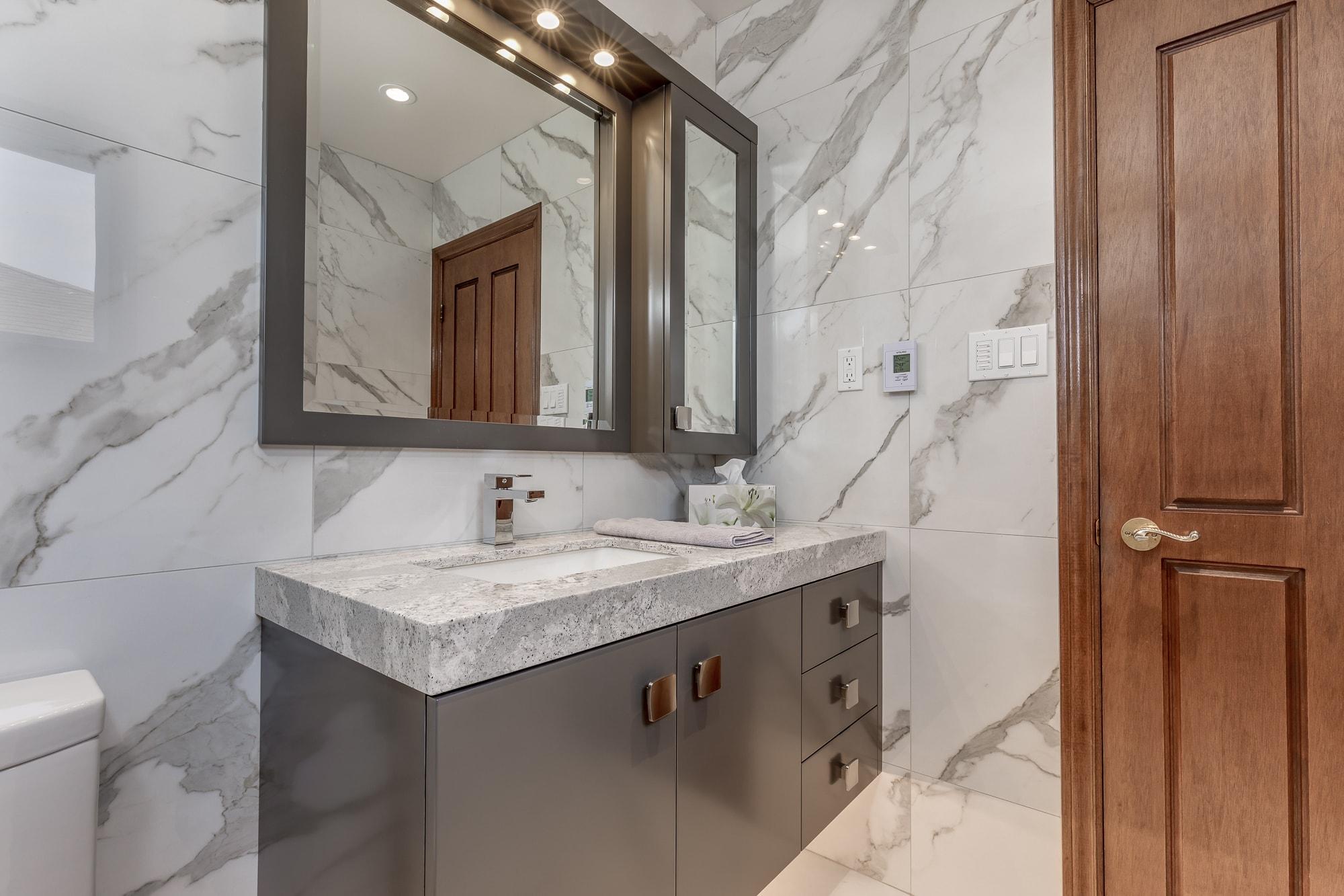 bathroom-remodel-burlington