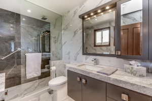 Bathroom designers in Burlington and Oakville